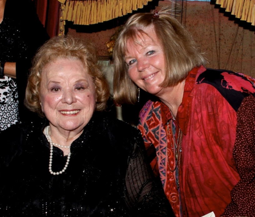 Rose Marie with daughter Noopy in 2009